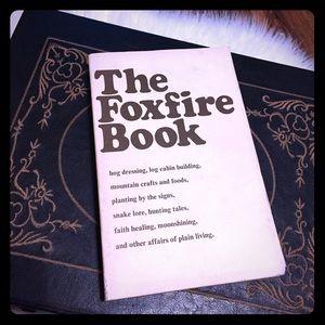 🦋2/$10 3/$15 4/$18 5/$20 Vintage 70s Book